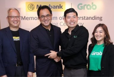 Grab and Maybank Ties Up to Drive GrabPay
